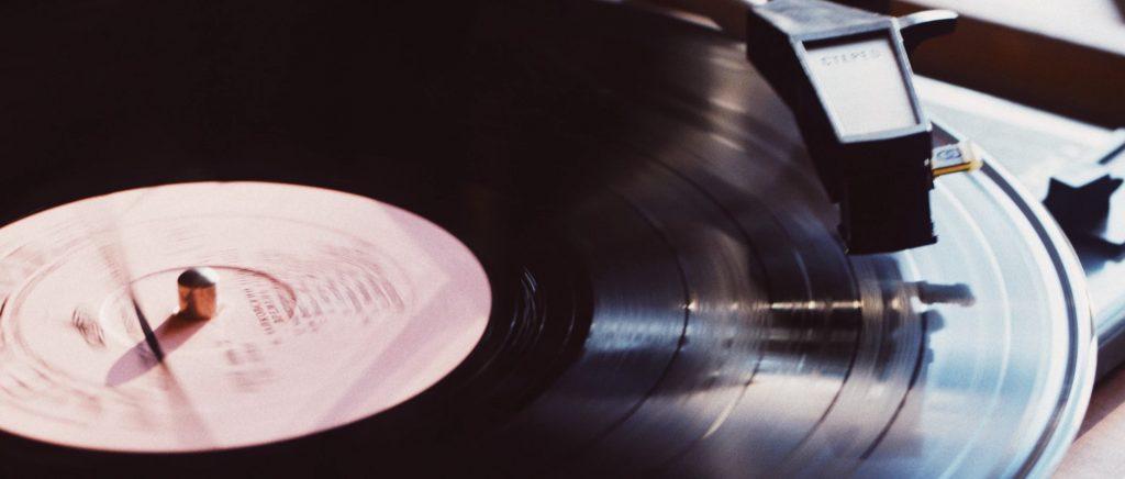 Gramofon – idealny sprzęt dla melomanów